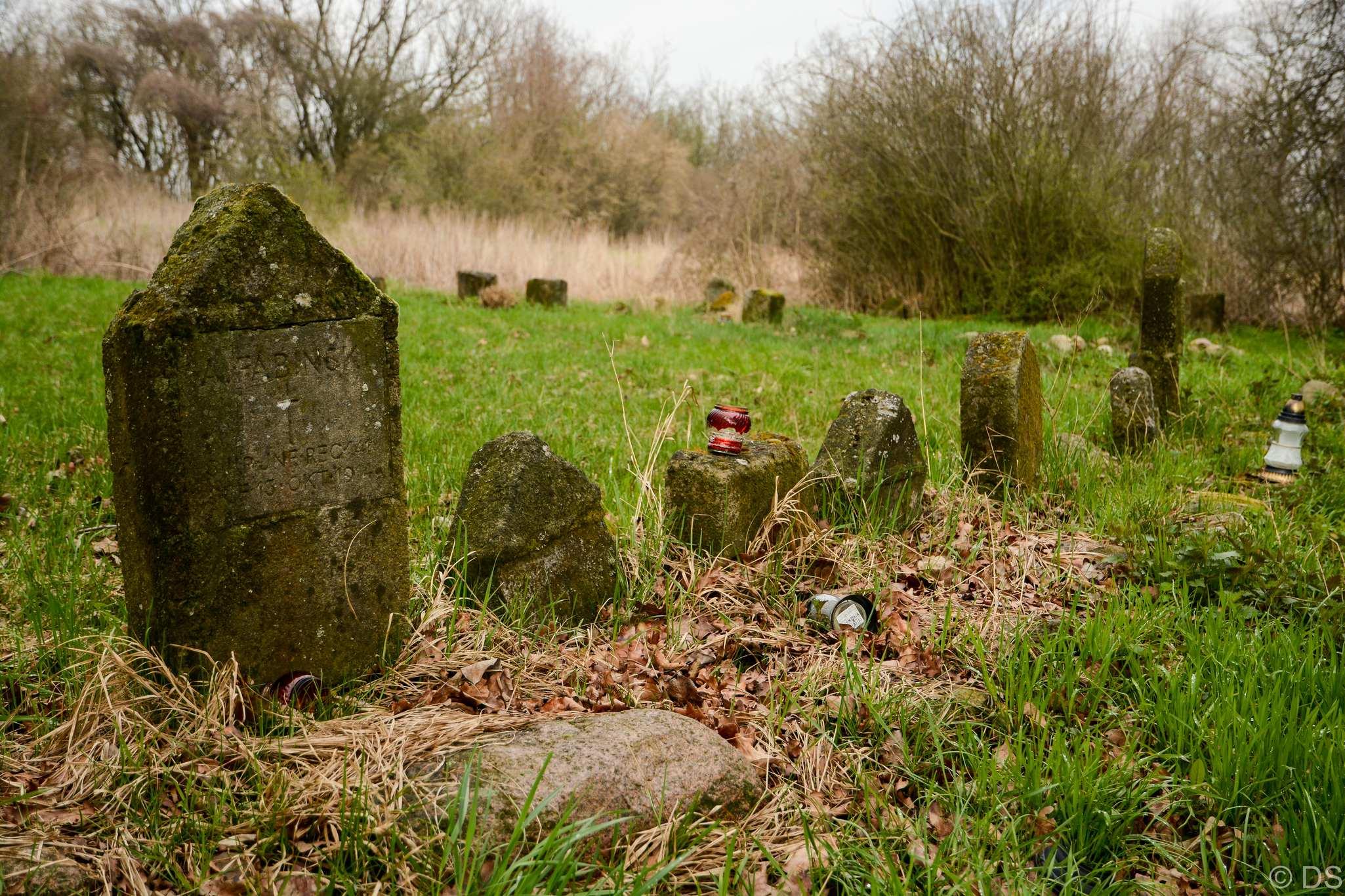 Cmentarz Marynin